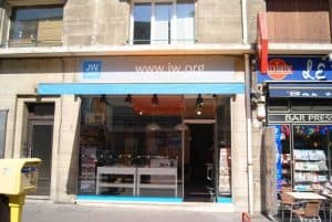 jehovah's witness shop in France
